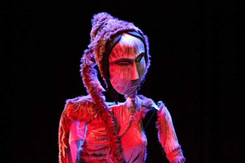 Sophie-Partridge-Song-of-Semmersuaq-DaDaFest-International-2014-close-up-of-puppet